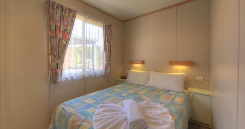 Ensuite Cabin Bedroom BIG4 Batemans Bay Easts