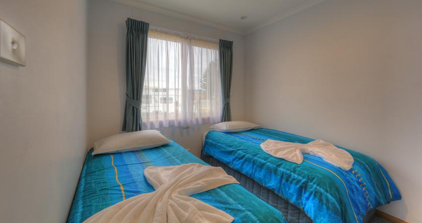 Superior Ocean Spa Twin Beds BIG4 Batemans Bay Easts