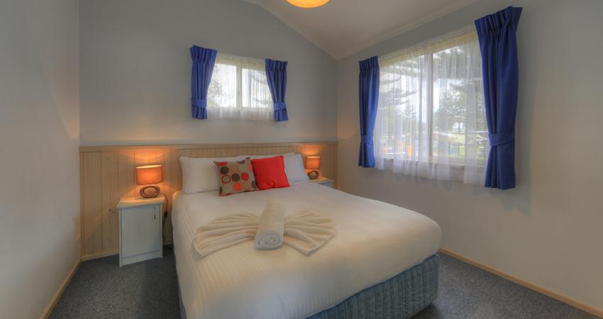 Waterfront Deluxe Bedroom BIG4 Batemans Bay Easts Holiday Park